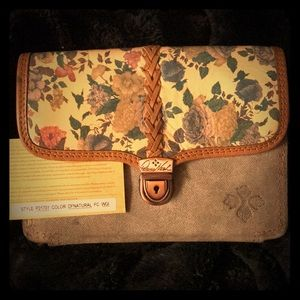 Brand new Patricia Nash.  Cross body purse